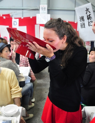 Sake drinking competition